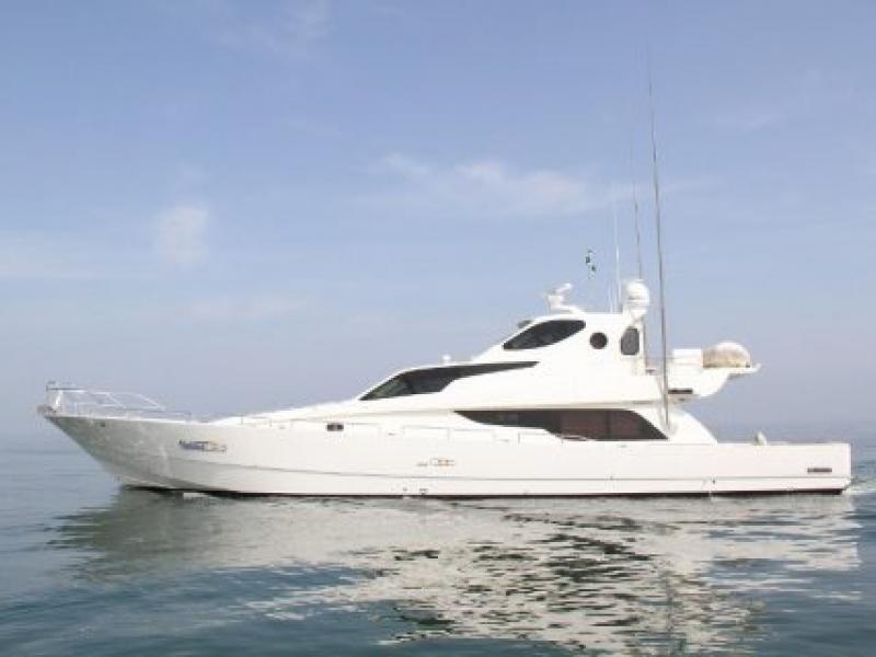 Ocean Cruiser 80 ft (1)